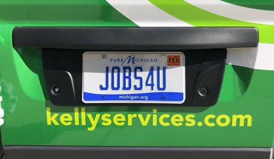 Kelly services license plate that says jobs4u