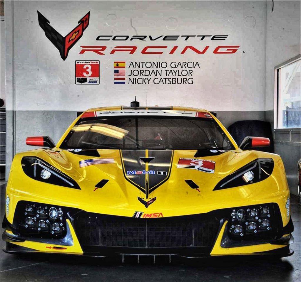 corvette vehicle